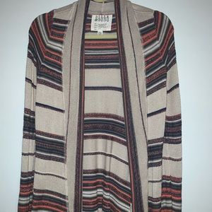 Billabong Cardigan Size Medium